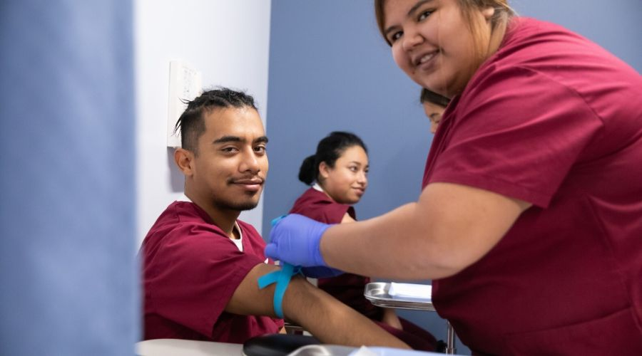 6 Benefits of Becoming a Phlebotomy Technician - U.S. Colleges
